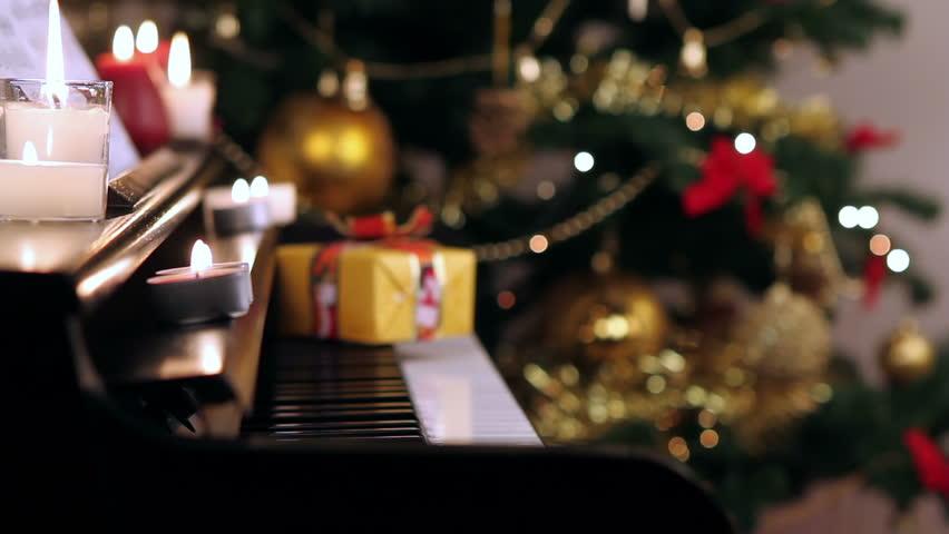 christmas piano wallpaper - photo #20