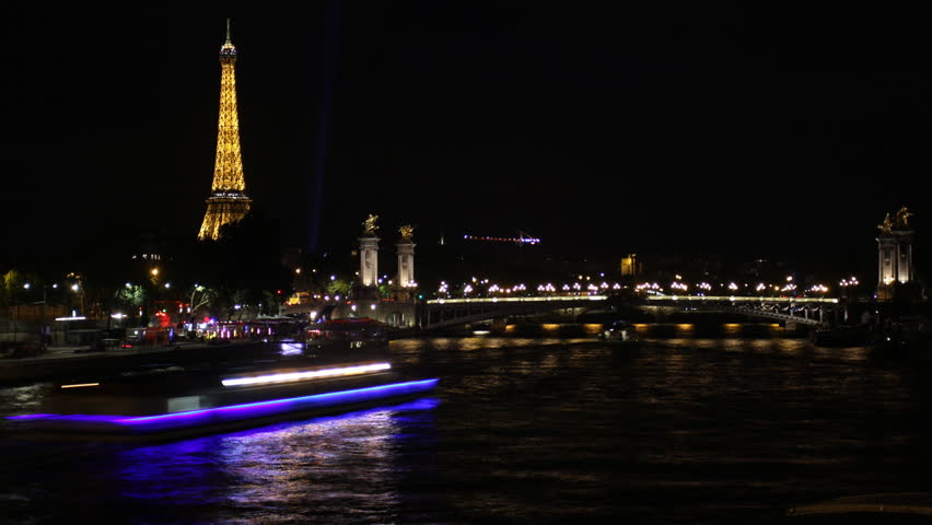 PARIS - July 20, 2015: Eiffel tower at night on July 20, 2015 in Paris - HD stock video clip