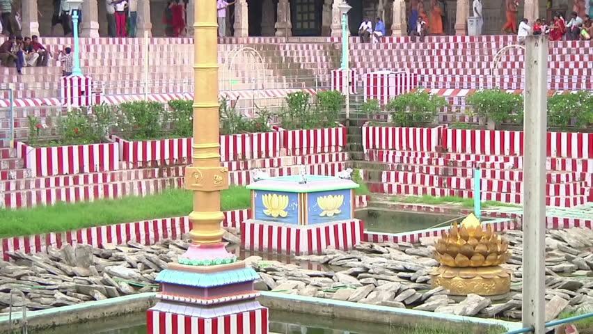 MUDARAI, INDIA – SEP 23, 2011: Meenakshi Amman Hindu Temple - HD stock footage clip