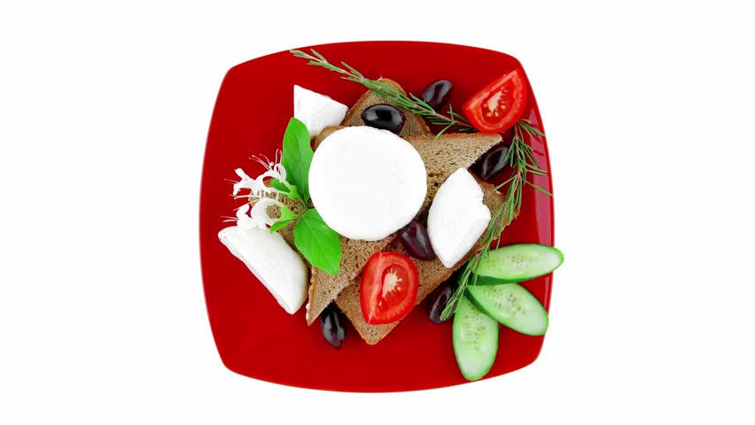 low fat mozzarella and vegetables served on plate