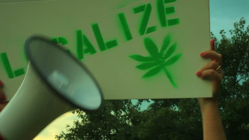 legalize marijuana protest sign