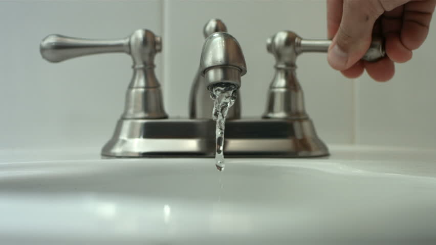 How To Turn The Water Off To The Kitchen Sink
