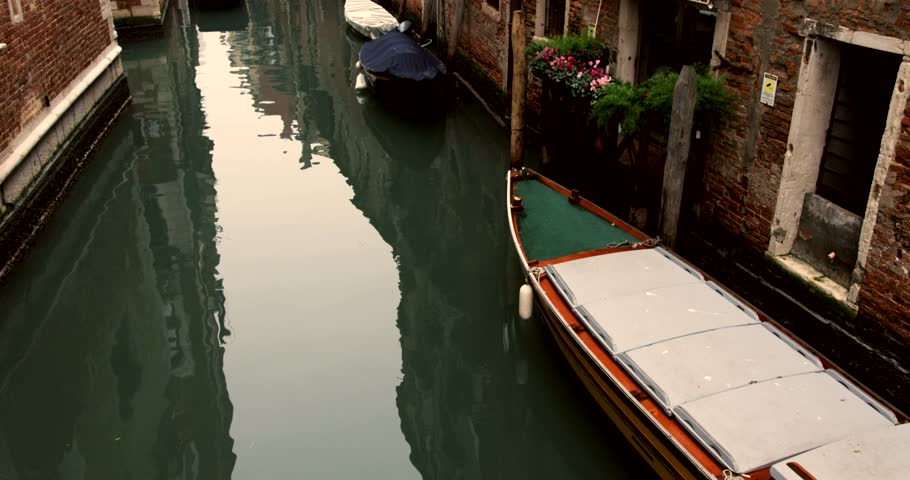 video with canals at Venice, Italy.