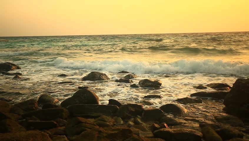 Hd early morning sunrise at holden beach nc 1020x1080 for Landscaping rocks daytona beach