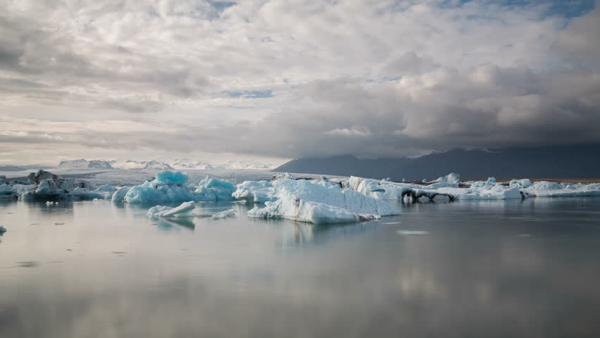 4K Version of Time lapse of blue icebergs floating in Jokulsarlon glacial lagoon, Iceland (4K version available)