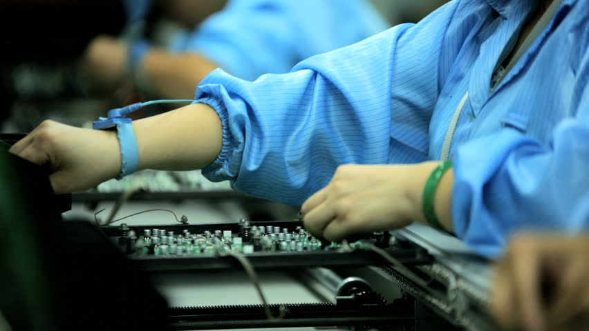 Electronic Assembly Workers : China october chinese worker on factory assembly