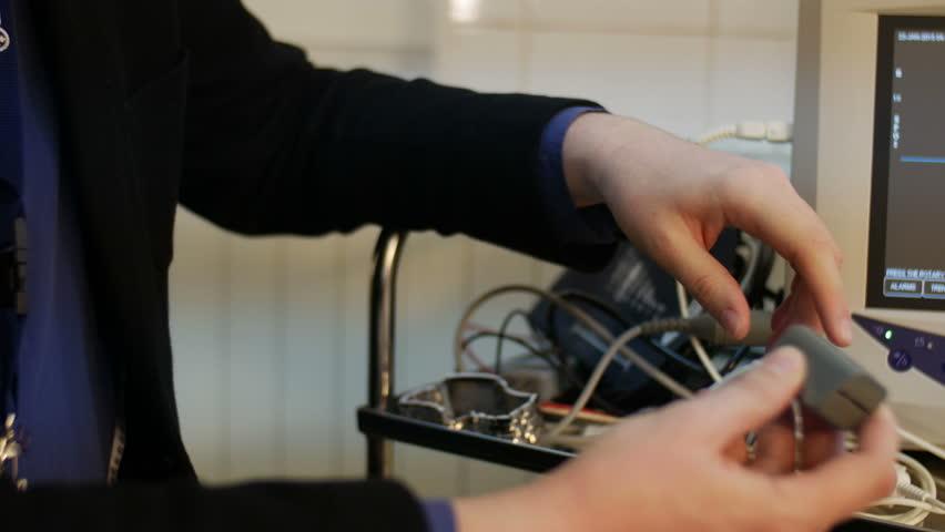 Pulse oximeter at finger tip