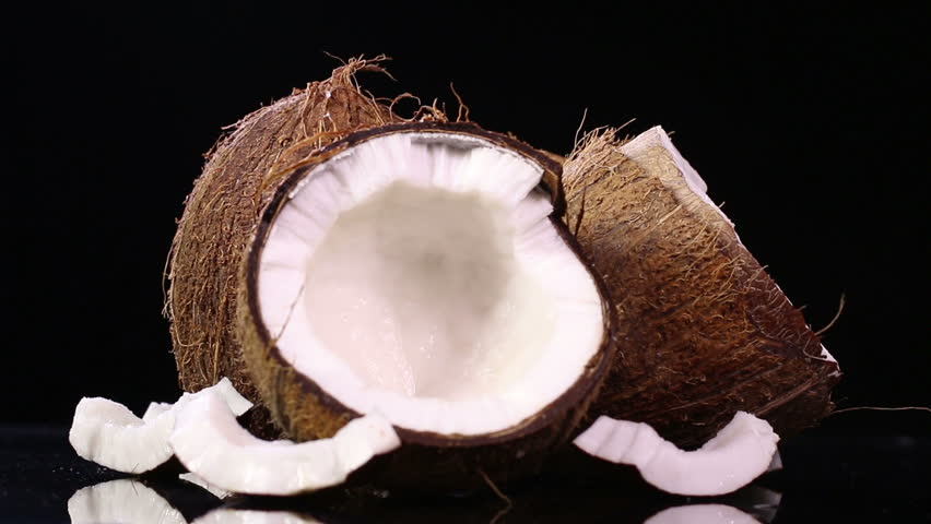 how to open a young coconut water