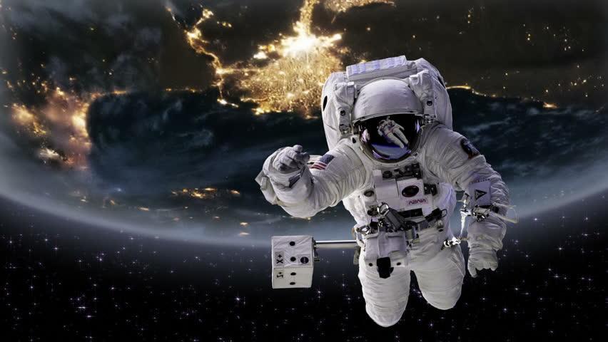 astronaut behind - photo #26